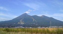 20101003、秋の磐梯山.jpg